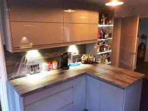 cooksleep, kitchen design, kitchen transformation, lincolnshire kitchens, drinks cabinet, under unit lighting