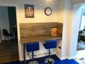 cooksleep, kitchen design, kitchen transformation, lincolnshire kitchens, breakfast bar, blue stools