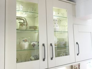 cooksleep, new kitchen, navenby, buckingham ivory door, glass display cabinet with internal lights
