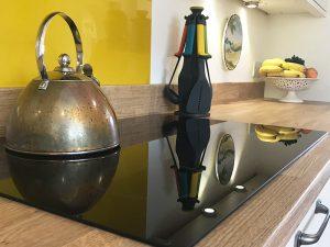 cooksleep, new kitchen, navenby, buckingham ivory door, induction hob and metal kettle
