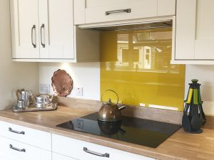 cooksleep, new kitchen, navenby, buckingham ivory door, yellow glass splashback